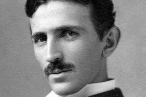 Tesla i Sidis prvi na listi najpametnijih ljudi ikada