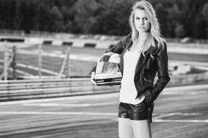 Nekadašnja playboy zečica, superseksi plavuša, će se takmičiti u Formuli 1