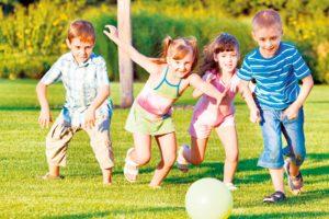 Šaljimo decu napolju da se igraju, kako su naši roditelji radili