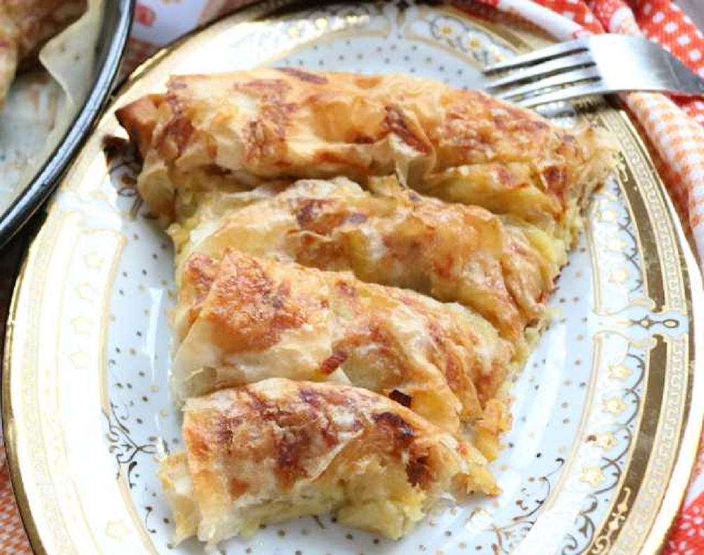 Sa prazilukom i krompirom napravite brzu posnu pitu, po receptu naših baka