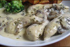 Recept dana: Piletina sa prelivom od pavlake i belog luka (VIDEO)