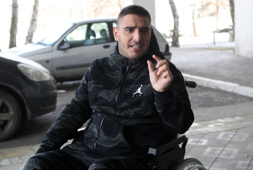 Darko Lazić je mogao da pogine u saobraćajoj nesreći,a sa da mu se neke stvari dešavaju noćima