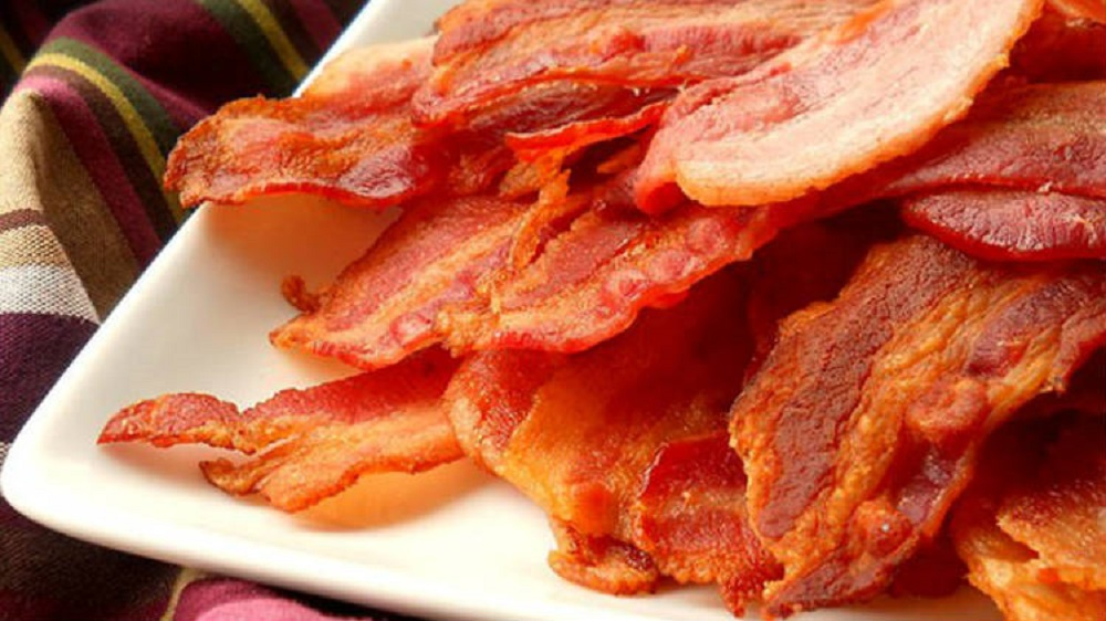 RECEPT DANA: Belo meso u slanini