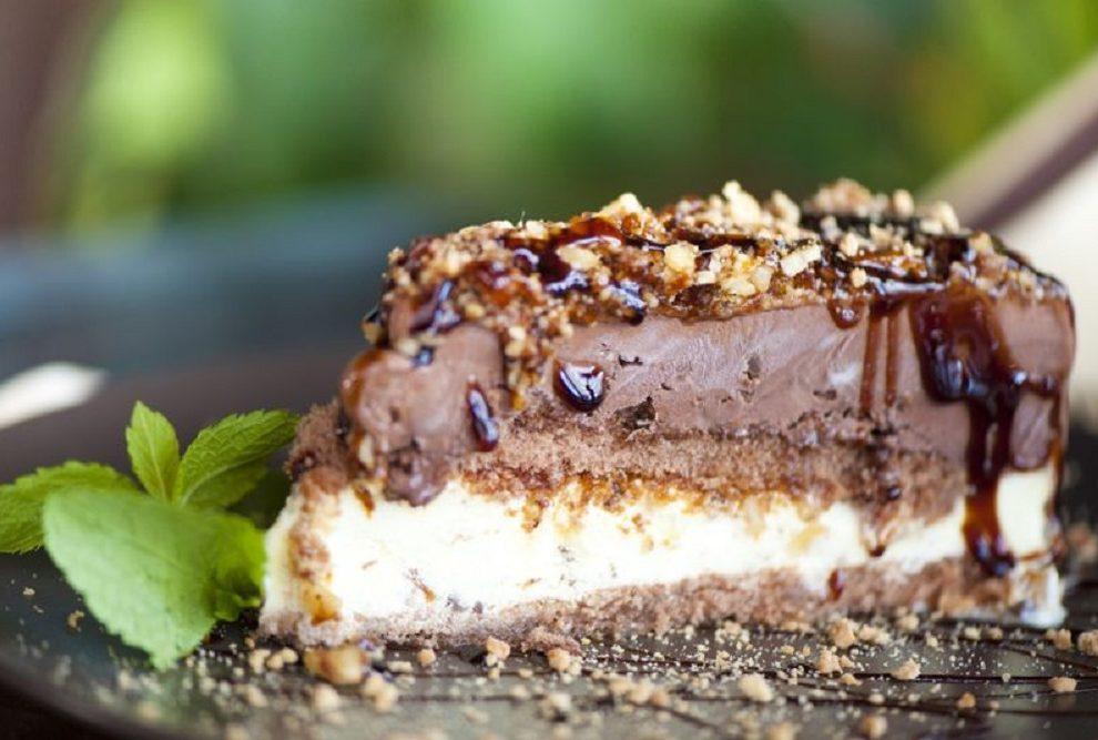 Kremasta Monte torta je savršen spoj najlepših sastojaka
