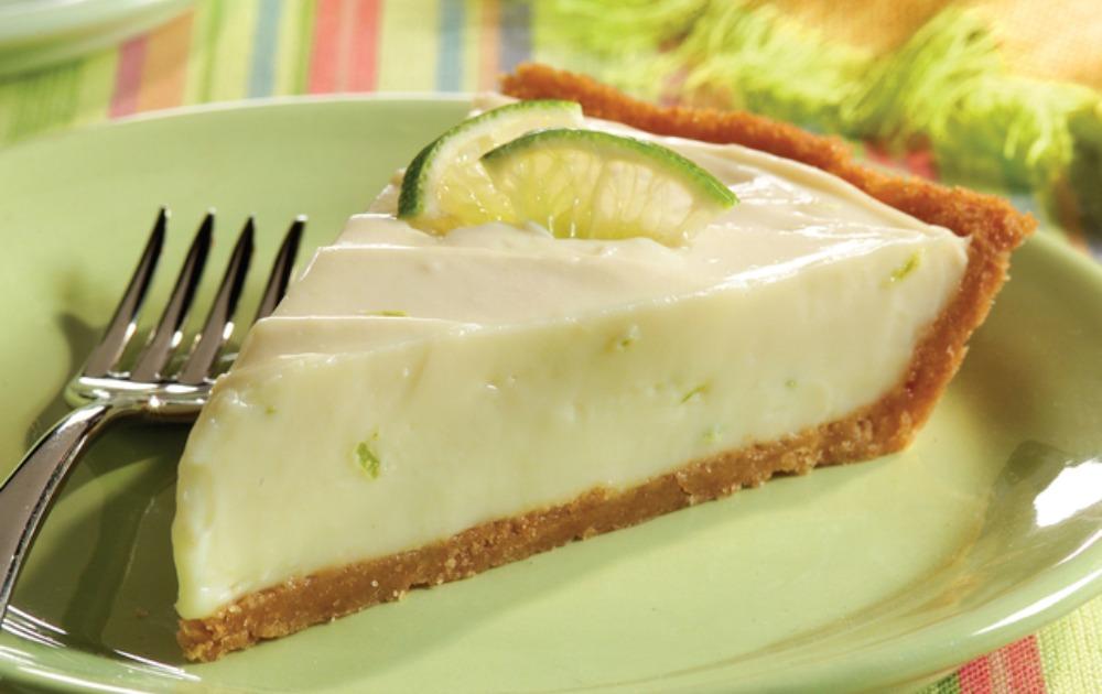 Novogodišnji čizkejk: Brza torta s džin-tonikom stvorena je za svaku žurku!