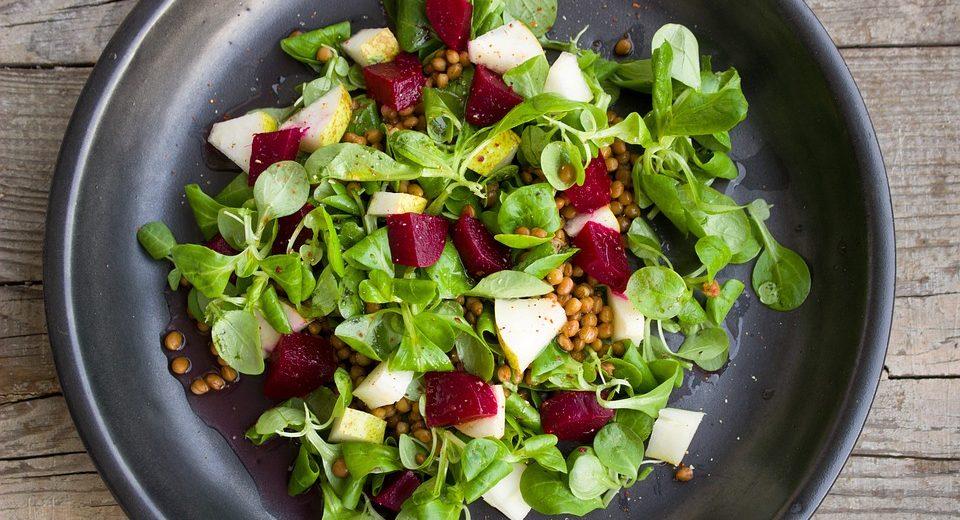 RECEPT DANA: Tropska salata sa piletinom