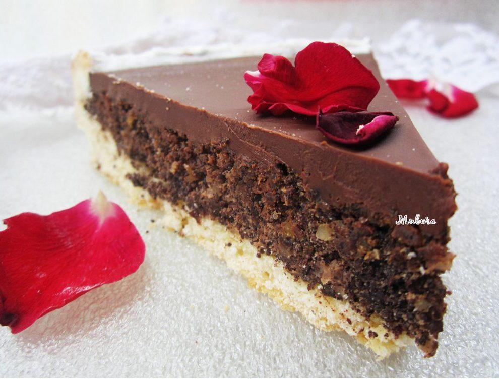 Orasi i pekmez od šljiva mogu tortu učiti savršenom