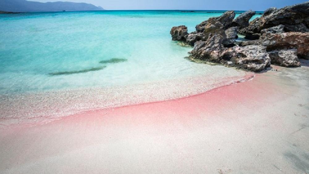 Među 25 najlepših plaža u svetu, srpski turisti obožavaj ove dve u Grčkoj
