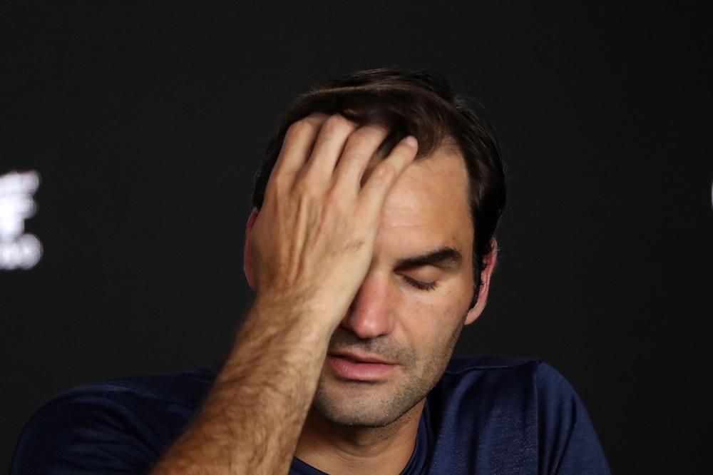 Neverovatna scena !!! Federer u sred aviona u suzama !!! Stalno plaće !!!