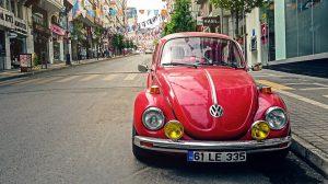 Šta BOJA AUTOMOBILA otkriva o Vama? Crvena kola voze ljudi spremni na akciju, a SIVA?