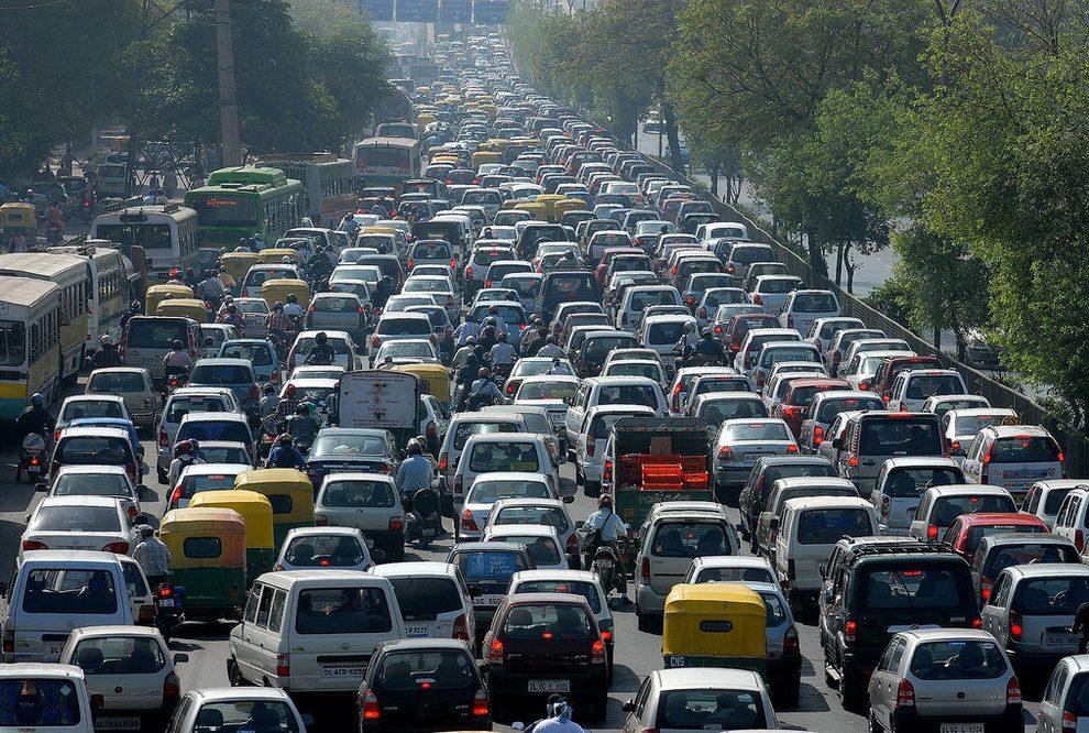Vozači neće više moći da voze brže od 130 km/h po novim pravilima