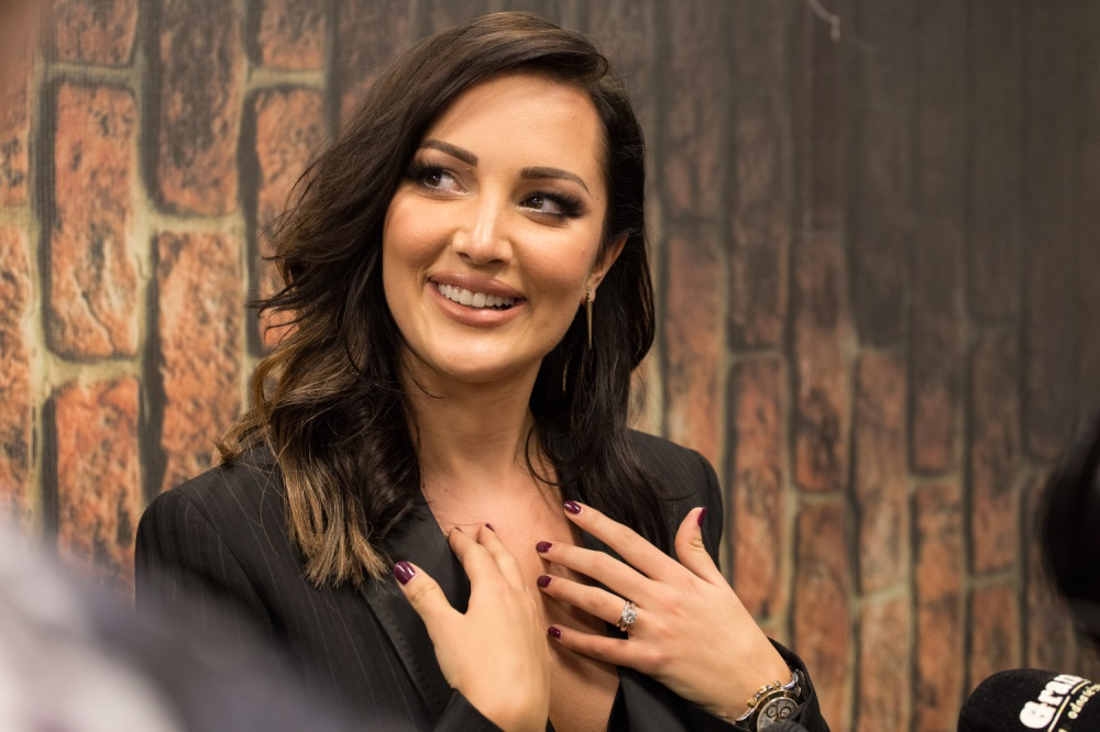 Aleksandra Prijović se porodila. Stigla prinova u dom Živojinovića