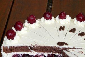 Poslastica dana: Neodoljiva TORTA SA VIŠNJAMA