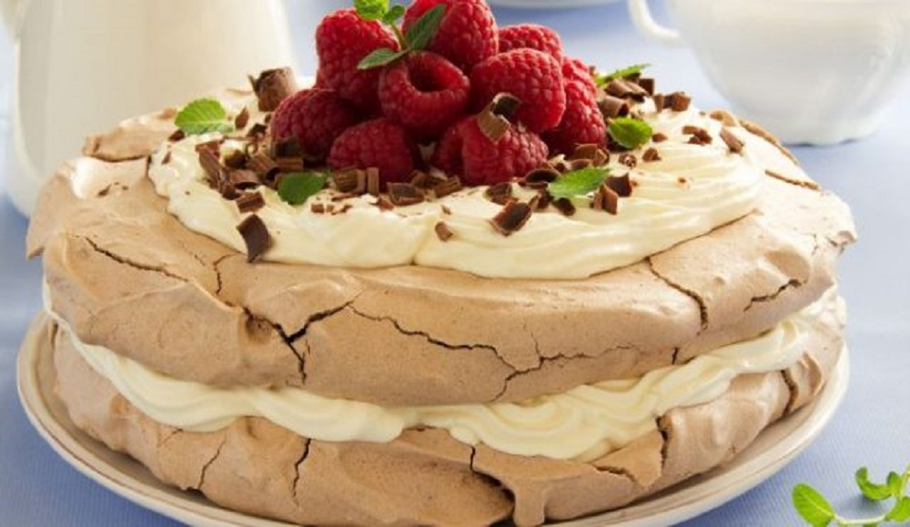 RECEPT DANA: Rafaelo malina torta