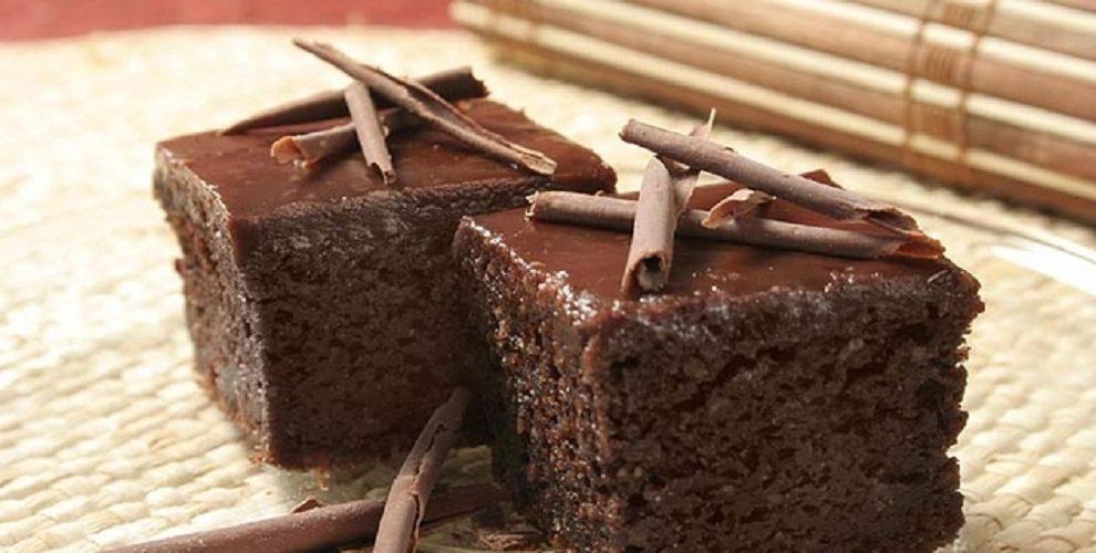 Čokoladni kolač u par koraka ZA SVAČIJI UKUS! (RECEPT)