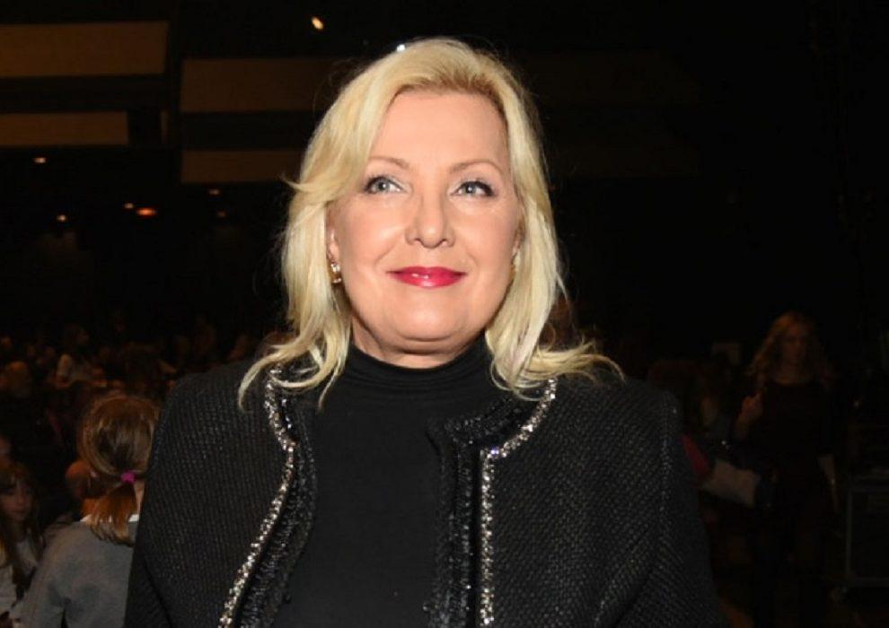 Snežani Đurišić dođe da propadne u zemlju od stida. Žestoko se osramotila na nastupu
