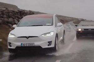 Rame uz rame, dve verzije budućnosti-Tesla Model X i DeLorean