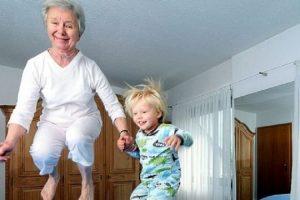 Draža nam je baka po majci, a evo zašto je to tako!