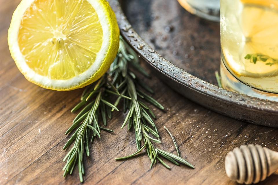 Jabuke, đumbir, šipak... Navalite na ove namirnice i zaštitite se od prehlade i gripa!