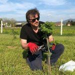 Alen Islamović uživa u uzgajanju lešnika!