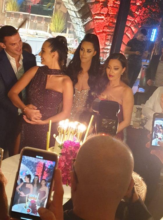 Anastasija proslavila rođendan: Svi koje volim su tu, osim Arkana...