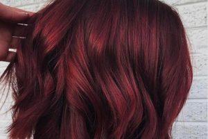 Ova boja kose je idealna za leto!