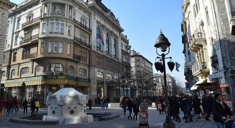 Kineski turisti u Srbiji su uvek spremni da DOBRO PLATE OVE STVARI!