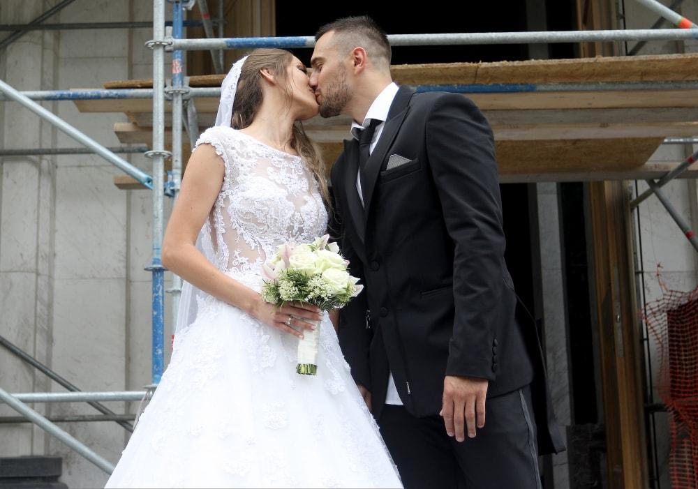 Venčali se Milica Jelić i Nikola Paunic! (FOTO)