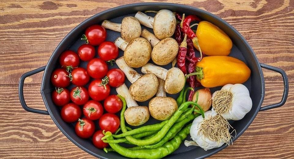 Recept dana: Pečeno povrće sa mlevenim mesom