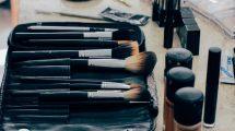 ČETIRI saveta da očistite četkice za ŠMINKU