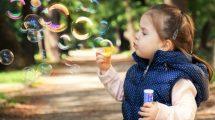 Da li previše mašte može škoditi deci??