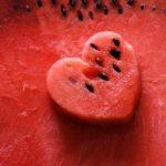 VOĆE KOJE GOJI VIŠE OD MESA: Ruski endokrinolog UPOZORAVA! Kilogrami se samo TALOŽE! Pazi kako ga jedeš