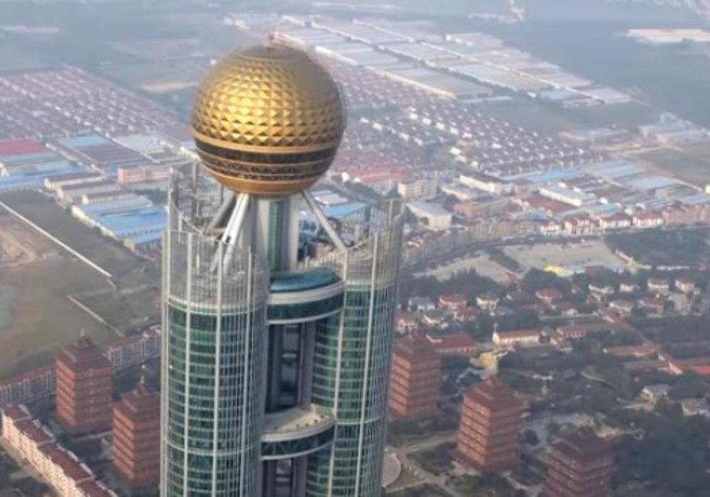 ŽIVOT U ZLATNOM KAVEZU: Grad koji stanovnicima ODUZIMA SVE ako se iz njega odsele (VIDEO)