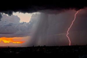 Na jesen nam stižu poplave i oluje?