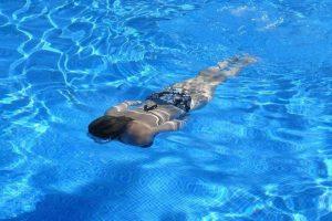 Podmlađuje, pomaže u mršavljenju, jača telo: 10 razloga zbog kojih je plivanje najbolji izbor baš za svakoga!