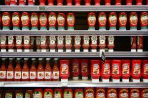 Flašica kečapa prodata je za 2.000 evra - i to samo zbog jednog DETALJA na njoj! (VIDEO)
