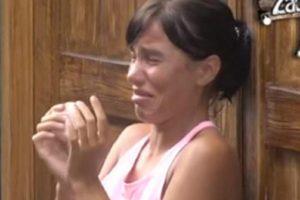 """ALEKSANDRA SE VRATILA U SRBIJU ZBOG OPERACIJE: Trpi nenormalne BOLOVE! """"Molim Boga da preživim!"""""""