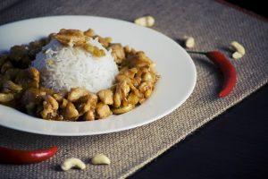 RECEPT DANA: Piletina na kineski način
