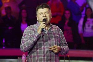 IZNENADIO SE KADA JE VIDEO: Bane Bojanić nije mogao da veruje kada je video da crnac peva njegovu pesmu! (VIDEO)