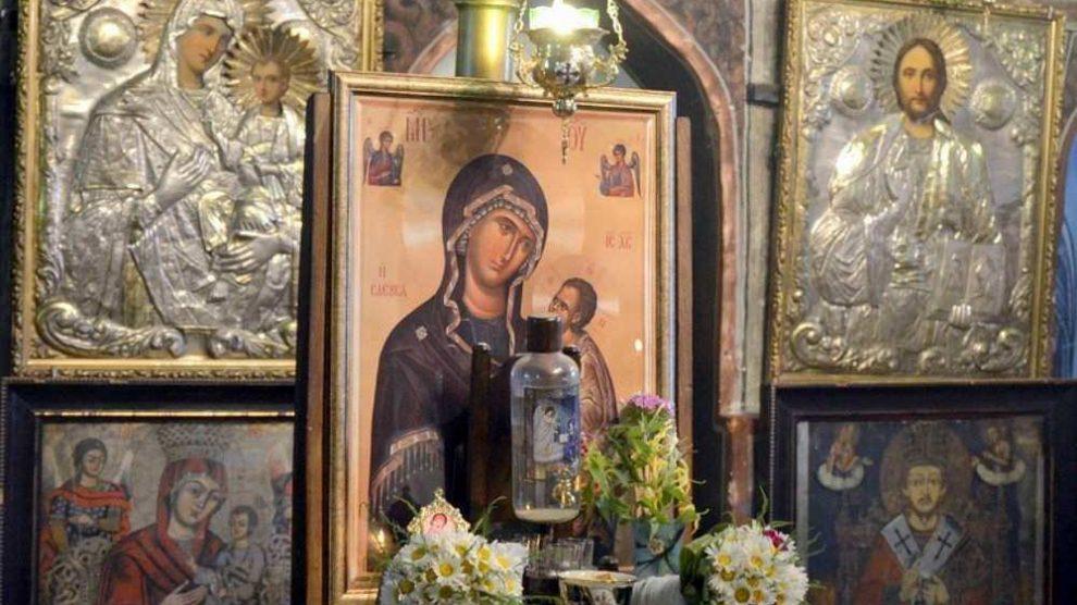 DANAS JE VELIKI PRAZNIK I CRVENO SLOVO - Post je obavezan, a za Krstovdan se vezuju i OVI narodni običaji