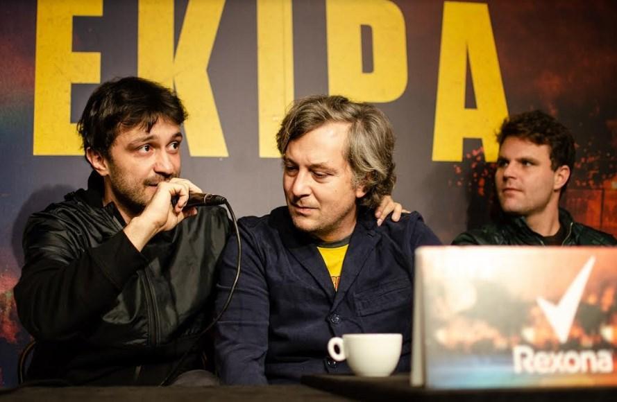 Pored reditelja, konferenciji za novinare su prisustvovali i Rade Ćosić, scenarista i glavni glumac, Ivana Dudić, glavna glumica, glumci Lazar Đukić, Ratko Tankosić i Ljubomir Nikolić, i koproducent Marko Jovičić.