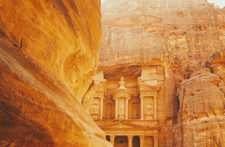 Neverovatna Petra u 4k Ultra HD – krenite sa nama na ovo čudesno mesto!