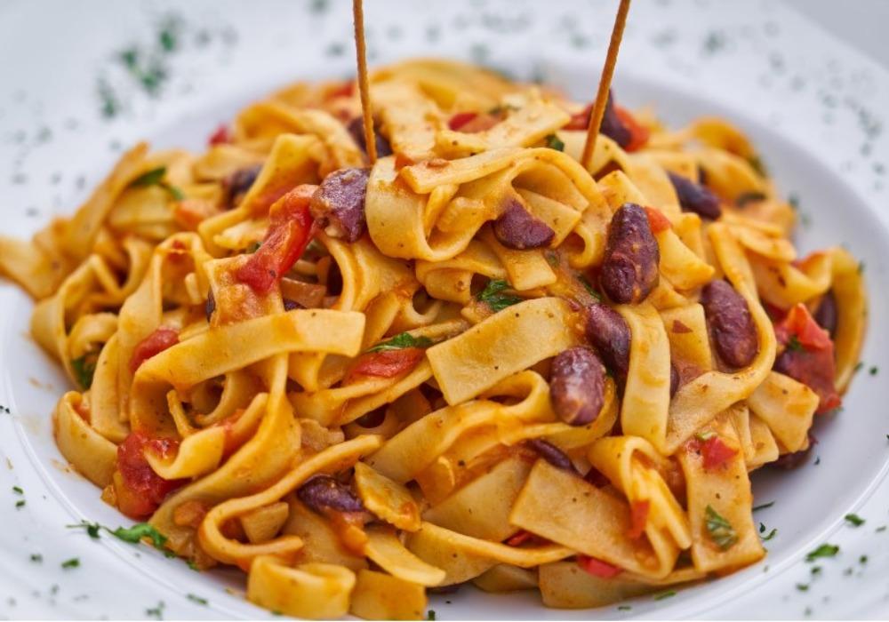 Recept dana: Špagete sa bundevom, prazilukom i parmezanom!