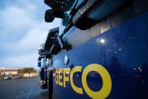 """GEFCO pokreće dva inovativna """"phygital"""" rešenja: pružanje usluga na zahtev korisnika za logistiku gotovih vozila i tržište osnovnih transportnih usluga"""