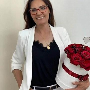 Dragana Mirković zaposlila sestru i poverila joj bitne poslove