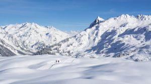 2.500 turista sprema tužbu protiv austrijskog skijališta zbog korona virusa