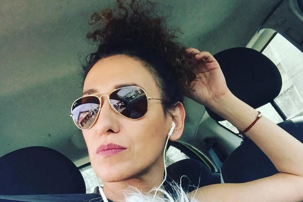 """JELENA IZ GRUPE ZANA: DA MOGU, RADO BIH SE ODREKLA PESME """"ŽELIM TE"""""""