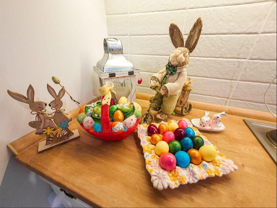 Pogledajte kako su poznati ofarbali jaja za Uskrs! (FOTO)