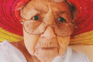 BAKA (93) IZ SRBIJE POBEDILA KORONU: Kada su mi rekli da sam pozitivna i da moram u bolnicu, bila sam zatečena!