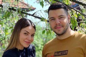 UOPŠTE NE BRINEMO ZA BUDŽET: Ivana Pavković iskreno o parama, mužu pevaču, karantinu, pa i NOVOM ZANATU!